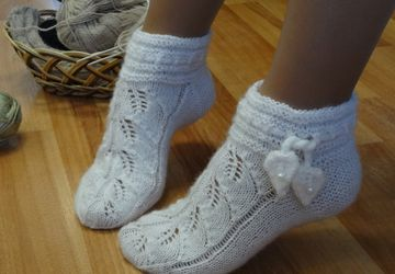 """Handmade socks """"White Falling Leaves"""""""