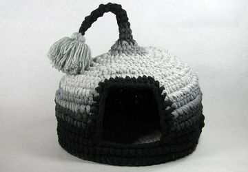 Crochet cat bed or pet house  Grey with tassel for playing