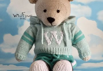 Hand knitted one of a kind teddy bear - Figwort.
