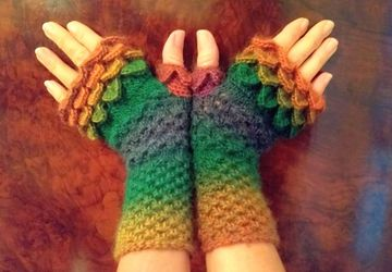 Autumn Colour Gloves, Fingerless Dragon Scale Gloves Handmade