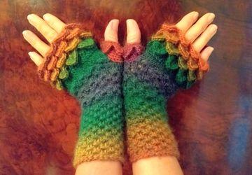 Autumn Colour Gloves, Fingerless Dragon Scale Gloves Handmade