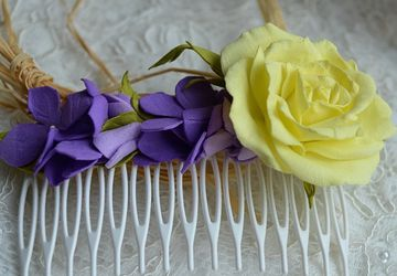 Romantic hair comb