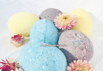 Egg Bath Bomb Set