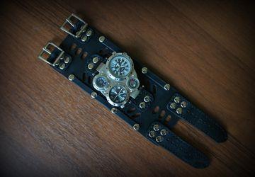 Men's watch with 2 dials