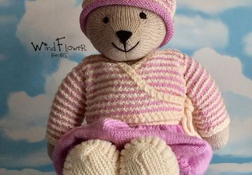 Hand crafted, one of a kind teddy bear - Willow
