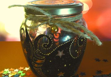 Decorative jar with bell