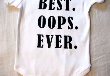 Best. Oops. Ever. Baby Boy Girl Onesie Funny Infant Bottom Button Shirt Accident Miracle Baby T-shirt