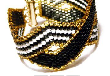 """""""Lines"""" - a bracele of japanes beads"""