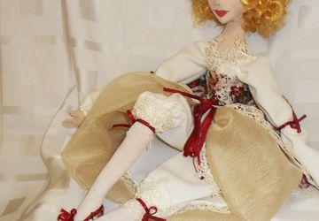 """A textile boudoir doll """"Vaudeville"""""""