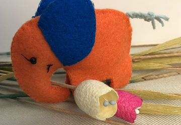 Make Your Own Elephant // DIY Sewing kit