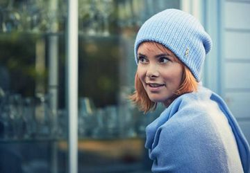 Light blue knit merino hat and scarf