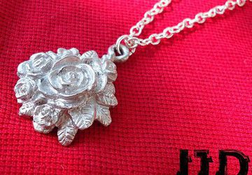 Rose Necklace - Rose Bouquet Necklace - Rose Pendant - Gothic Rose - Gothic Necklace - Gothic Jewelry - Rose Bouquet - Metal Rose