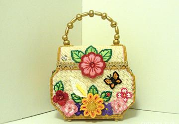 Vintage Style floral Trunk Handbag