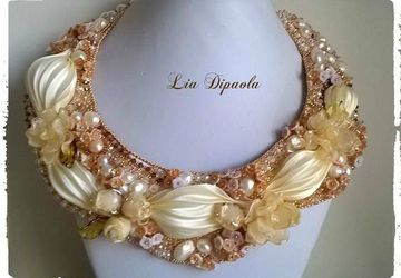 Collier Creamy flower