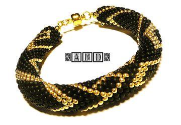 """""""Gold Line"""" hooked bracelet"""