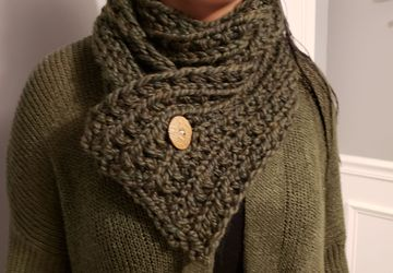 Womens knit cowl