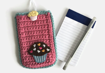 Cupcake Themed Crocheted Memo Pad Case