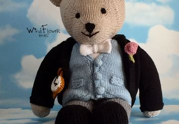 Handcrafted, one of a kind teddy bear - Burdock.