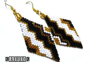 """Zigzag"" - earrings of Japanese beads"