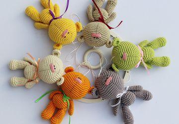 Crib mobile, woodland mobile, woodland nursery decor, baby girl mobile, baby boy mobile, unisex baby gift, teddy bear, color bears, crochet