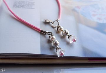 Elegant Beaded bookthong - Pink Leather cord bookmark for booklovers, Unique handmade beaded bookmark, gift under 15