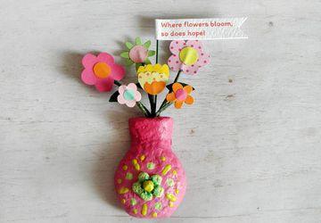 Pink Flower Vase Magnet