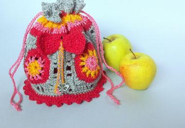 Make up bag Crochet purse Girls accessories Rainbow handbag Mini bag Crochet mandala bag Girls tote bag Baby girl bag Girl purse
