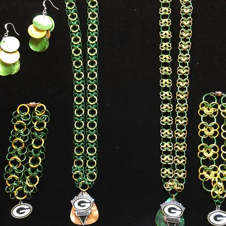chainmaille earrings gold green bracelet sports gift set necklace football packers bay