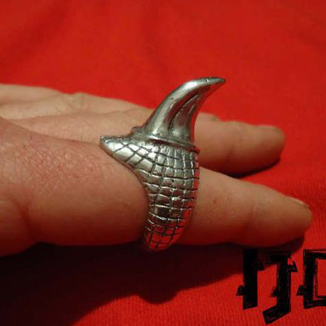 finger satanic vampire ring black lucifer devil dragon demon jewelry claw baphomet metal