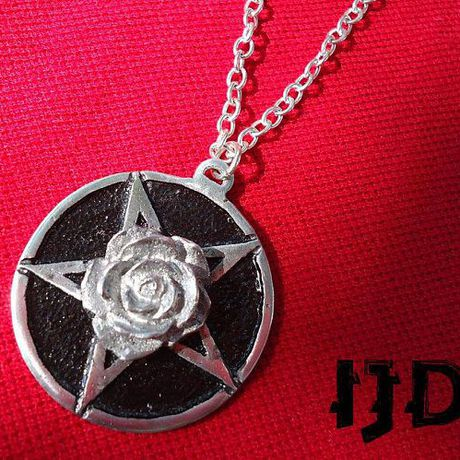 pendant gothic wiccan medallion witch satanist rose pentagram necklace jewelry flower