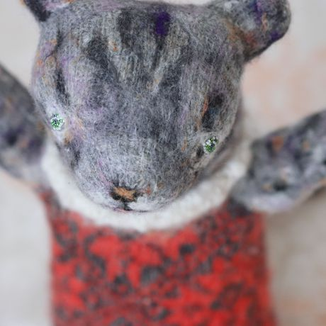 knitted animal toy baby sculpture collectible gift orgonite tabby plush stuffed cat red kitty