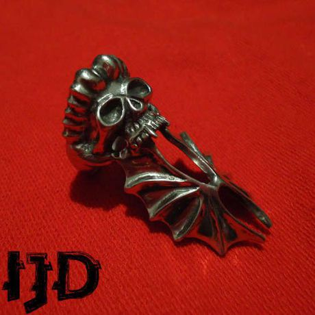 pagan gothic satanic bat vampire ring black lucifer demon jewelry metal skull