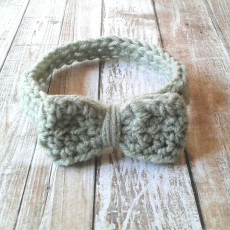 baby with gift shower crochet bow headband