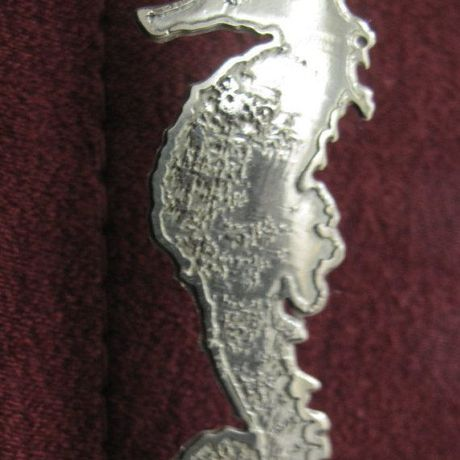seahorse nature earring