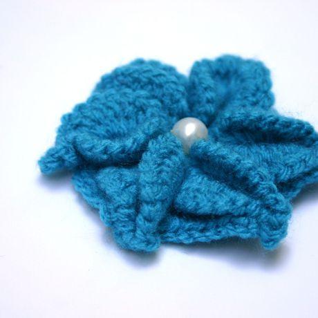 vintage handmade boho brooch cotton handmae jewelry crochet accessory