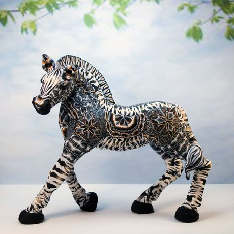 zebra collectible sculpture zebraart zebralovergift animaldecor figurine