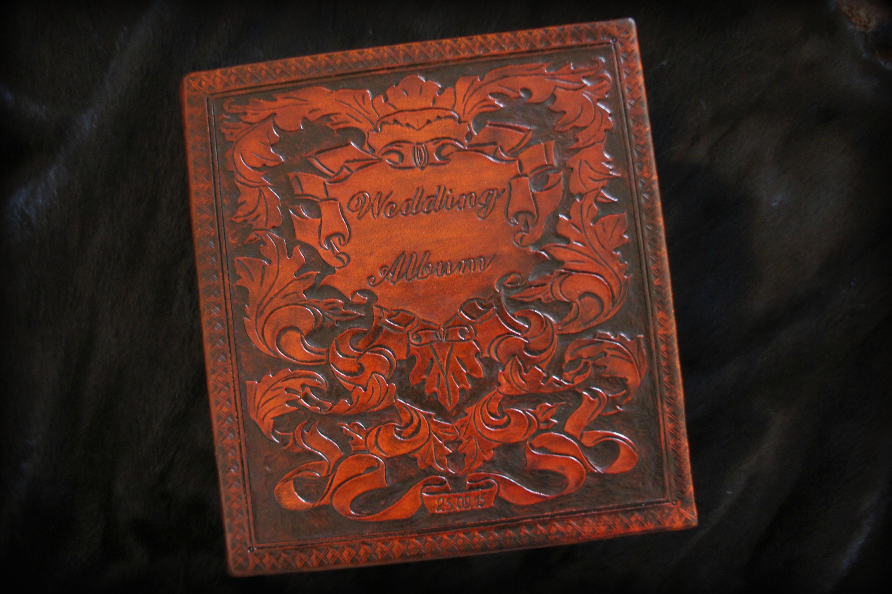 wedding photobook family leather