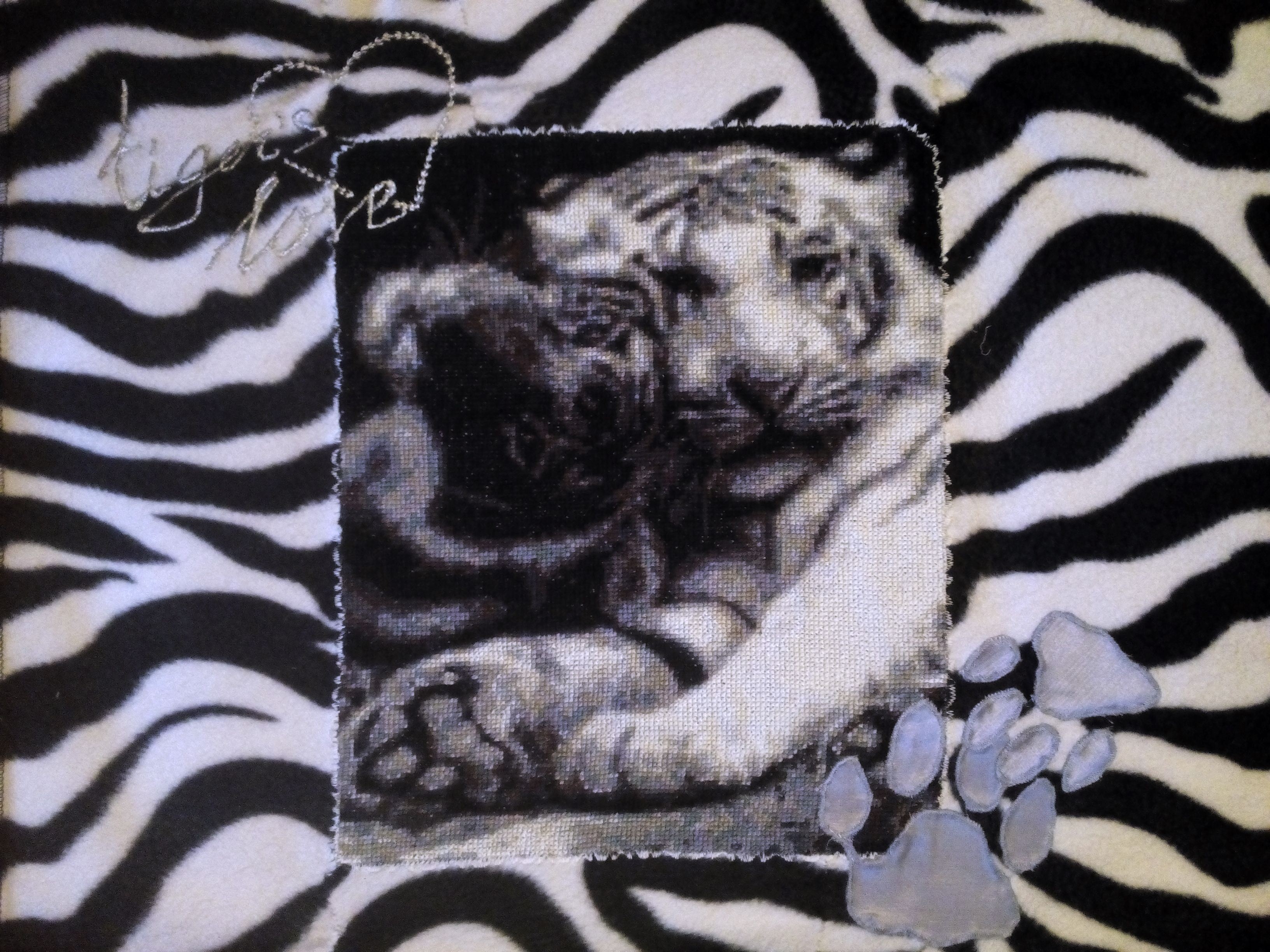 pillow picture fleece stitched tiger