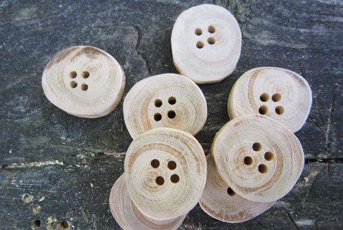 wooden handicrafts make accessories buttons