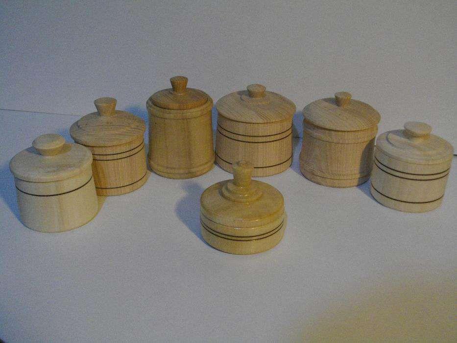 wooden jars handicraft