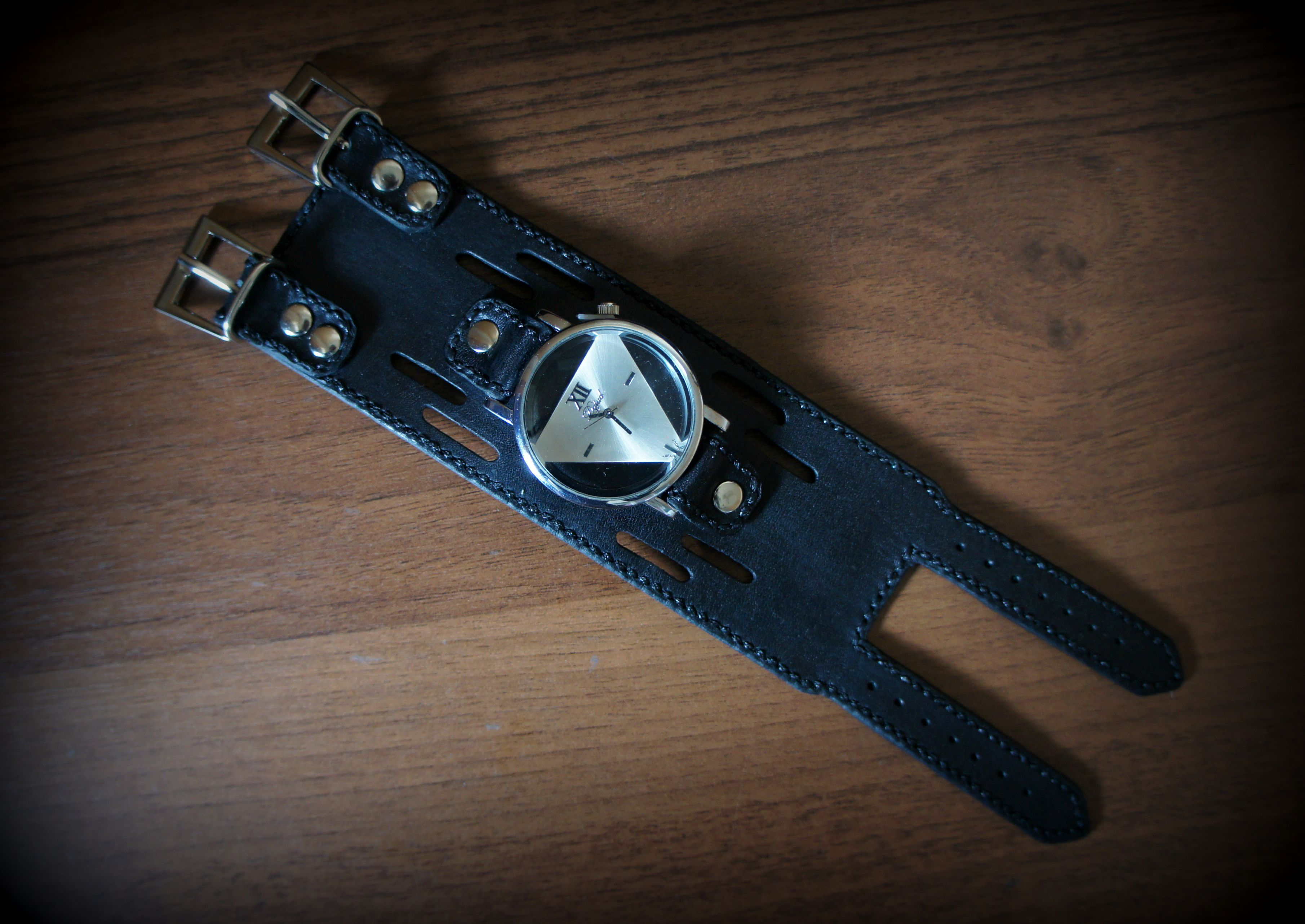 leather accessories women watch style black