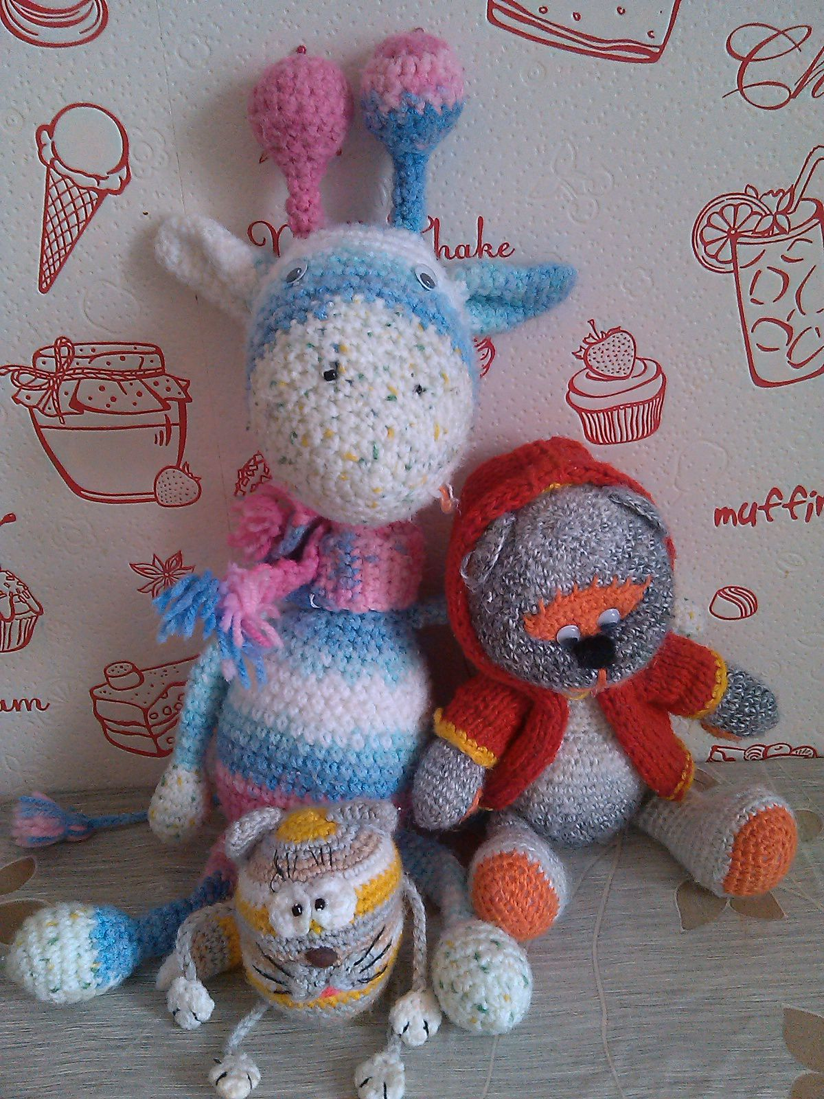 handmade giraffe cat bear friends