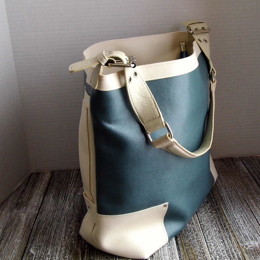 etsy officebag workbag green etsyseller christmasgift totebag shoulderbag gennhaio fauxleather veganleather giftforher cream
