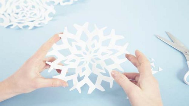 children snowflakes gifts christmas paper